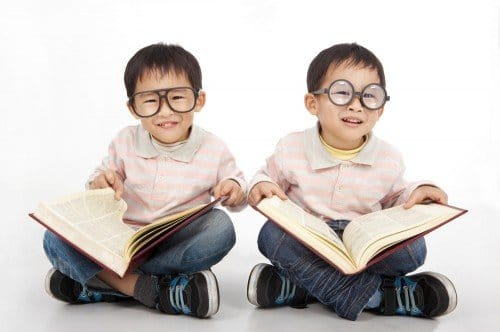 9 Ways You Can Implement To Raise A Bilingual Child