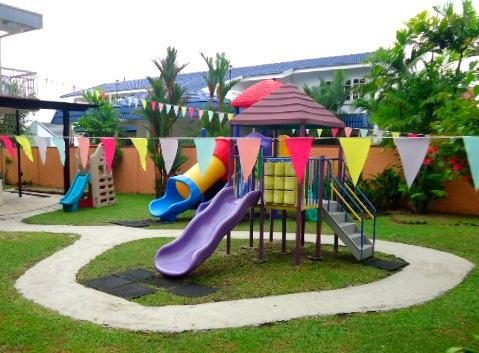 Kinderland Playhouse, Section 14 PJ
