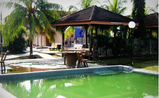 Gadek Hot Springs